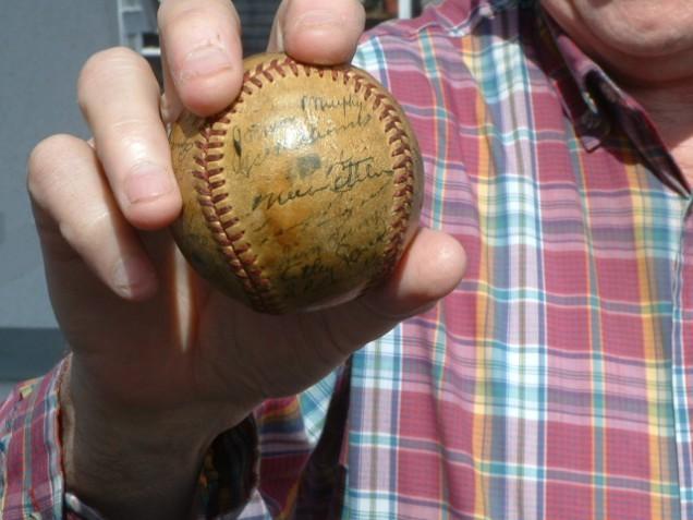 Baseball-636x477